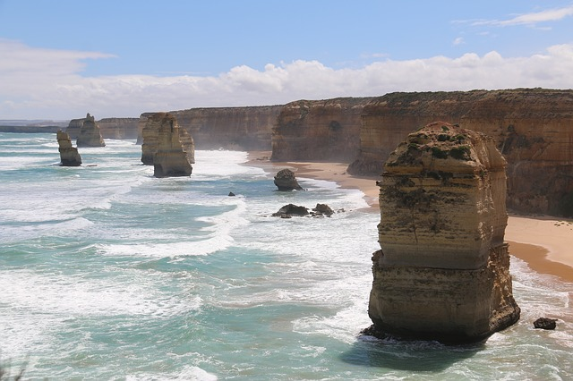 10 places to visit while in Australia