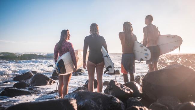Surf travel mates