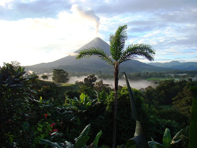 4 must-see places Costa Rica has to offer