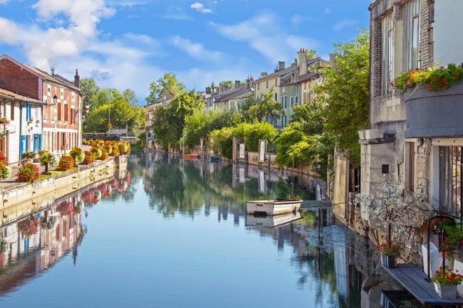 5 Reasons to visit France