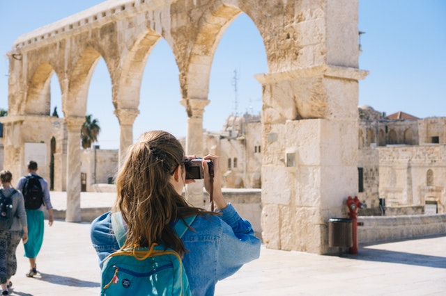6 Hacks For Students To Travel On A Budget