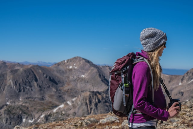 How to look naturally beautiful when backpacking