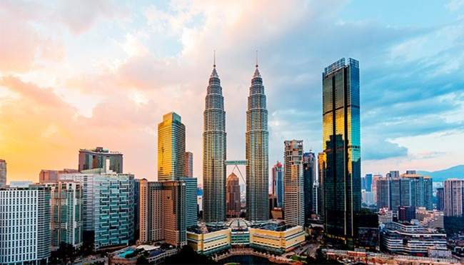 Different ways of exploring Malaysia