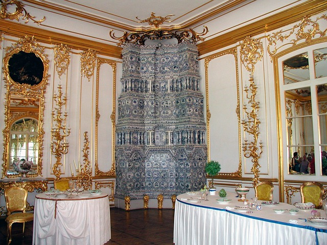 Visit the glorious Amber Room