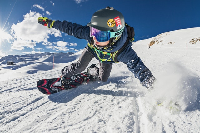 Getting Piste on the Cheap: How to Plan A Low Budget Ski Holiday on the Alps