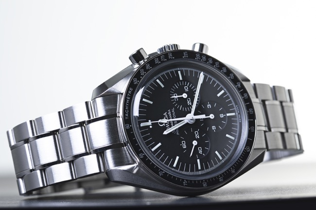 Why Omega Watches Make The Best Travelling Companion