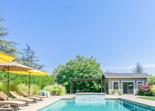 Poolside 3BR w/ Hot Tub & Bocce in Kenwood, California