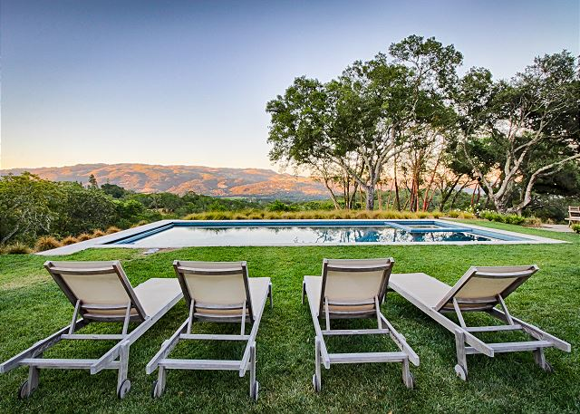Valley-View Designer Sonoma Estate in Sonoma, California