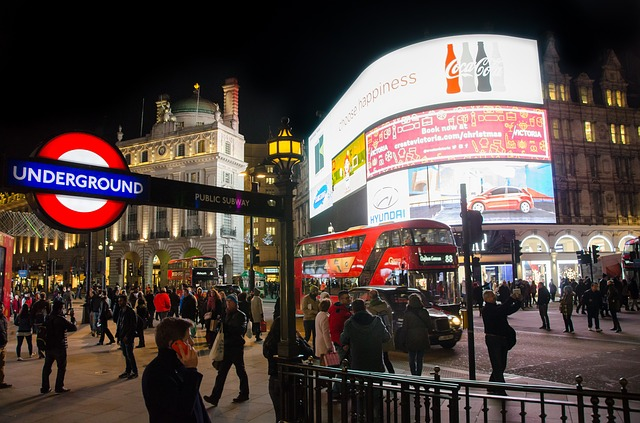 Top places to visit in London on the Piccadilly Line