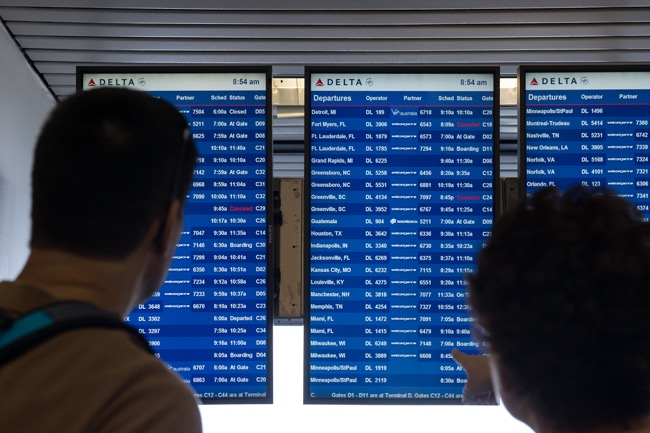 What Travelers Need To Know About Flight Delays